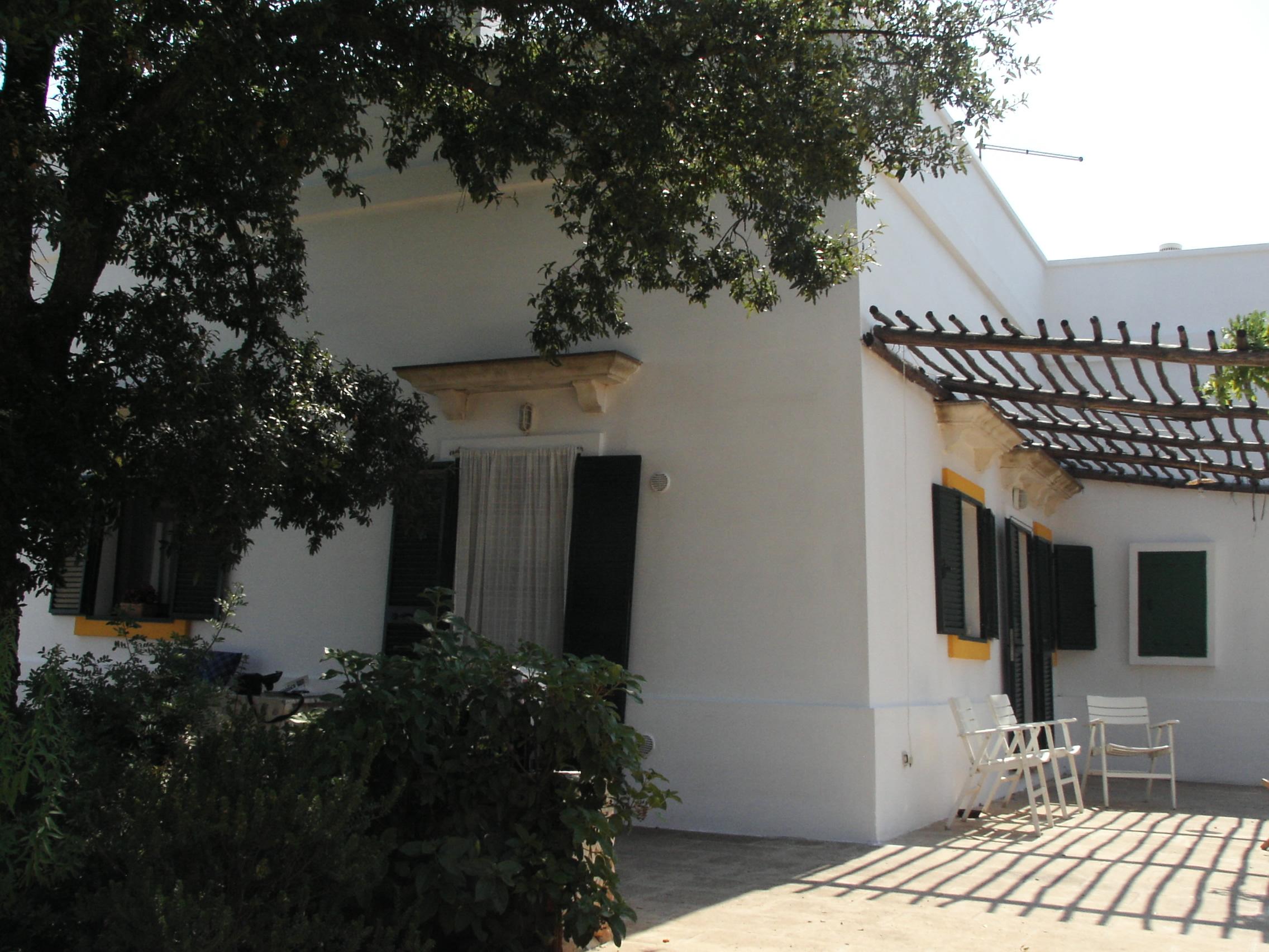 Facciata laterale - Side facade - Façade latérale
